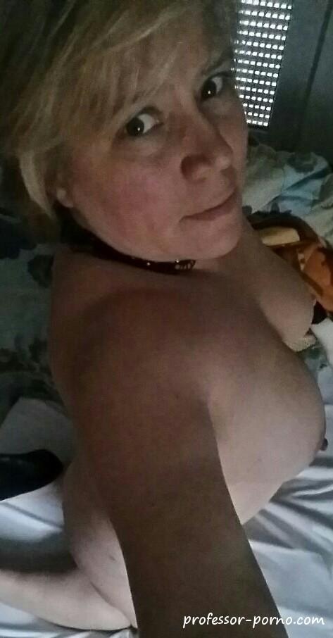 Selfies deutsche nackt Old Women