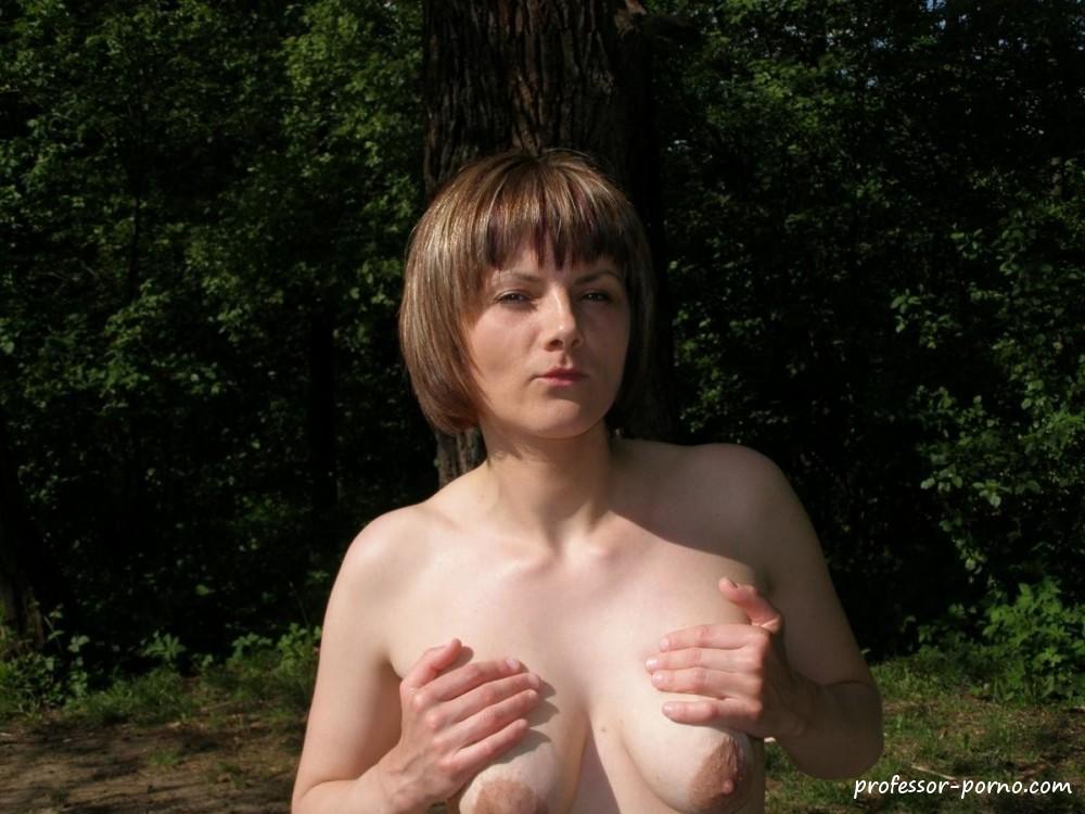 Nackte Polin